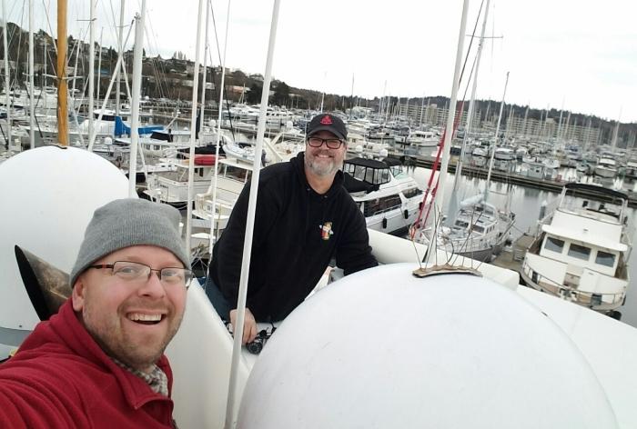 Good boat neighbors help tear apart yourhome!
